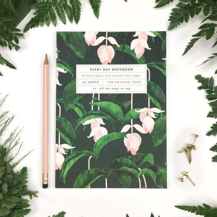 Notebook Medinilla A5 blanco